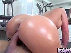(Phoenix Marie) Slut Big Ass Girl Get Oiled And Nailed Deep In Her Behind vid-26